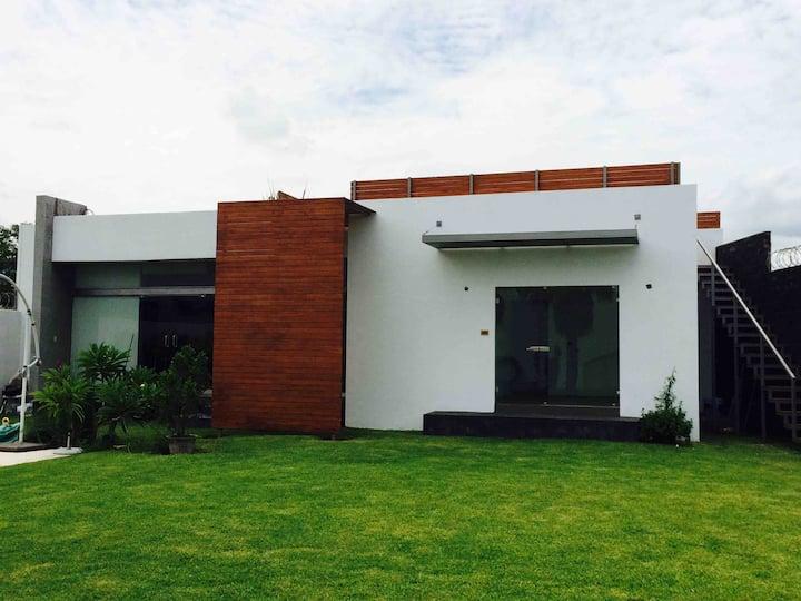 Hermosa Casa con Alberca y Terraza en Yautepec