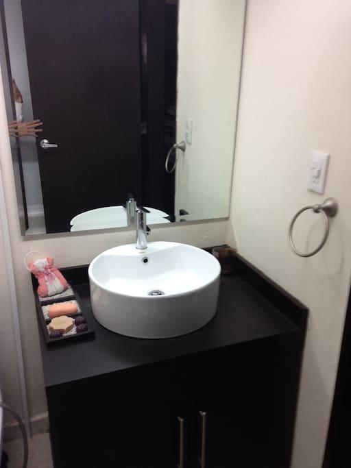 Lavabo de baño completo