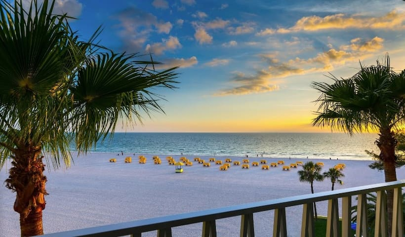 Beautiful Views of the Gulf of Mexico | Steps from the Beach