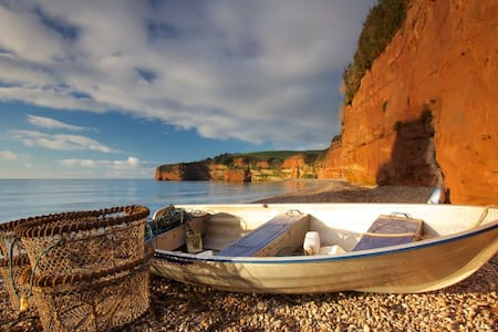 Seaside Holiday Caravan at beautiful Ladram Bay - Otterton, Budleigh Salterton - 独立屋
