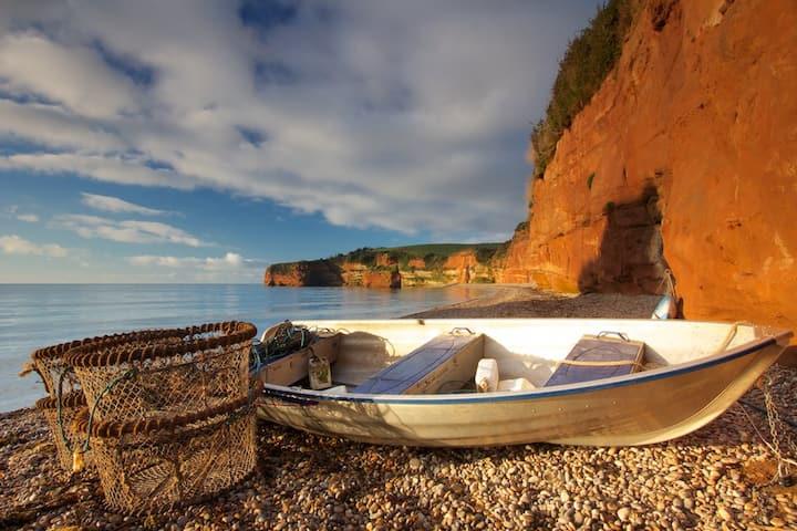 Seaside Holiday Caravan at Beautiful Ladram Bay