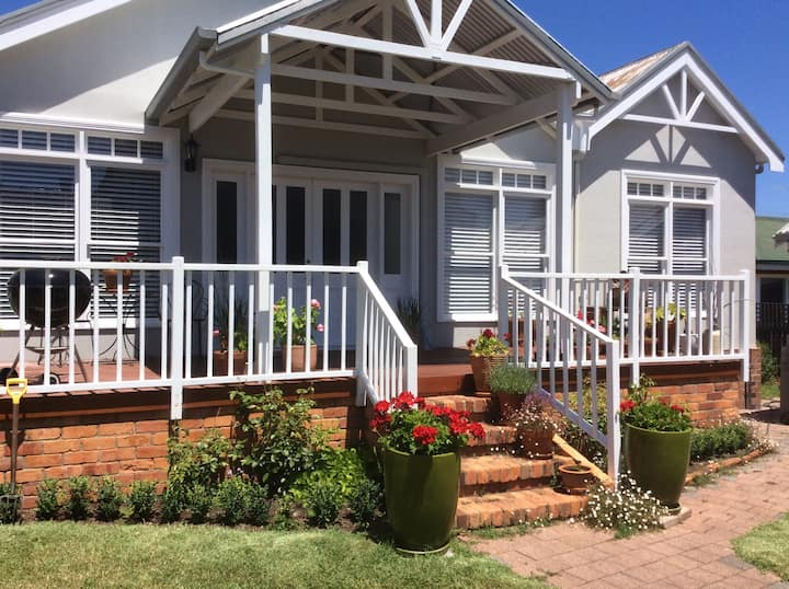 Luxury Bed and Breakfast, Ulverstone