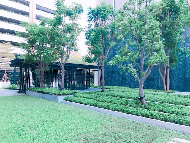 located at BKK CBD 曼谷市中心 ,by BTS-nana站,Hyde11 1042