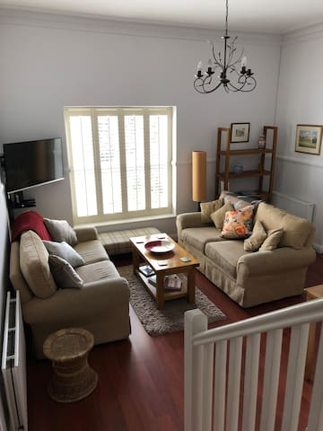2 Bed, Stylish Regency House, with parking