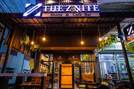 The Z Nite Cafe Bar-Mixed Dorm 2 rooms Phuket Town