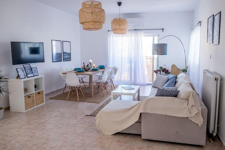 Nisos Apartment