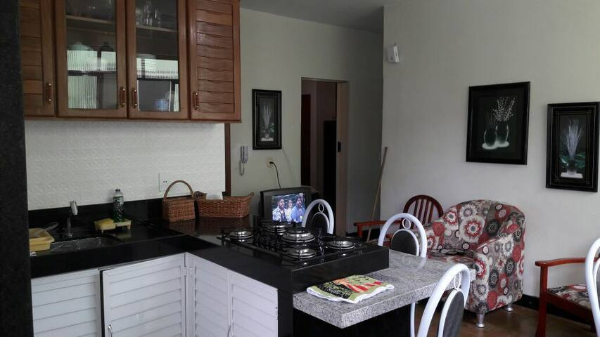Ed. Patinhas (3 quartos,Apt 206) Centro Marataízes