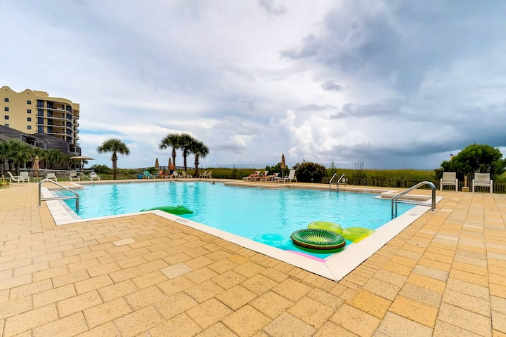 Beachfront condo with amazing views and a shared pool!