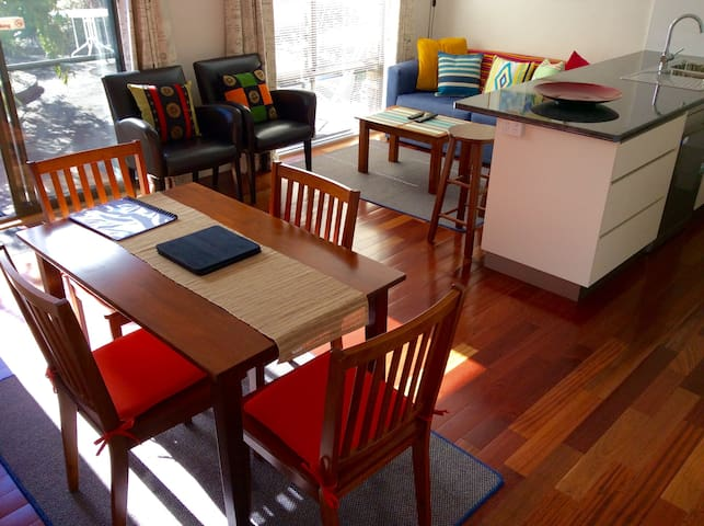 Waimea Courtyard Apartment - Sandy Bay - Wohnung