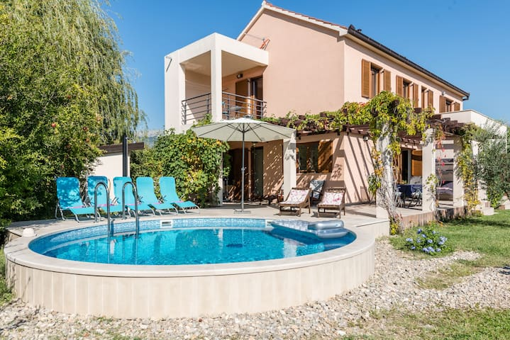 Villa Otok - Solin - House