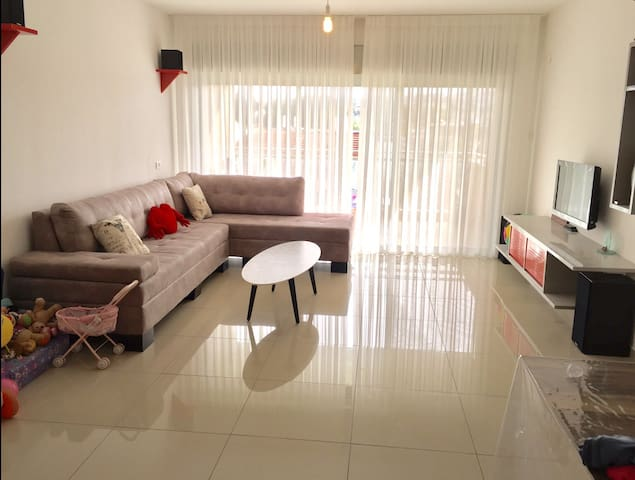 BEST Family Apt - On Yarkon Park! TLV!! (3BR)