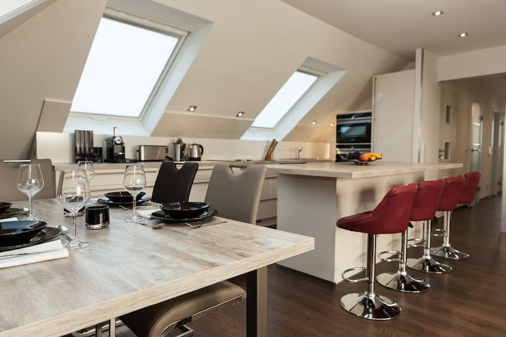 Ruhige Wohnung in der Nähe von Frankfurt - Kelkheim (Taunus) - Leilighet
