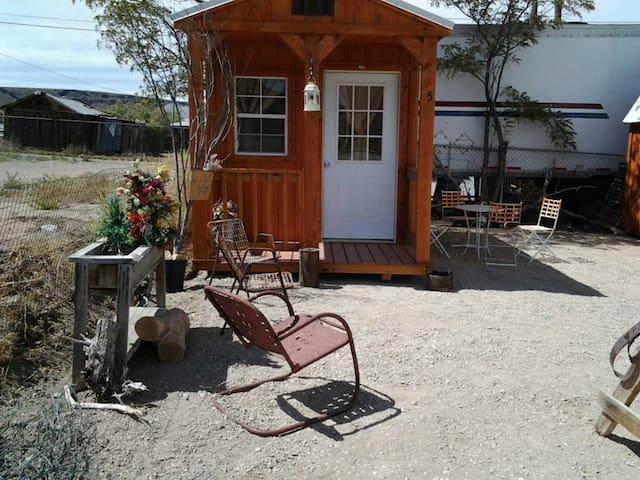 Hudson Miner's Cabin #3 - Goldfield - Stuga