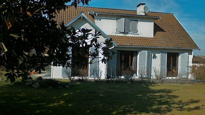 Belle maison chaleureuse au pied des Pyrénées - Saint-Gaudens