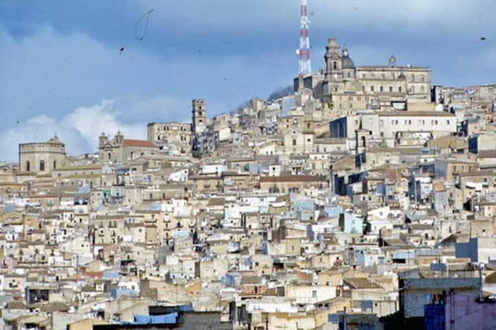 Caltagirone- Roby
