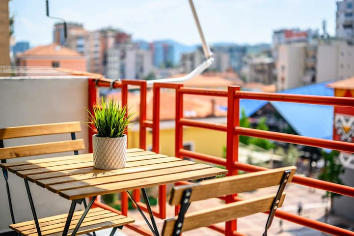 Pazari Cozy Terrace ⚡ Enjoy Albania Apartments