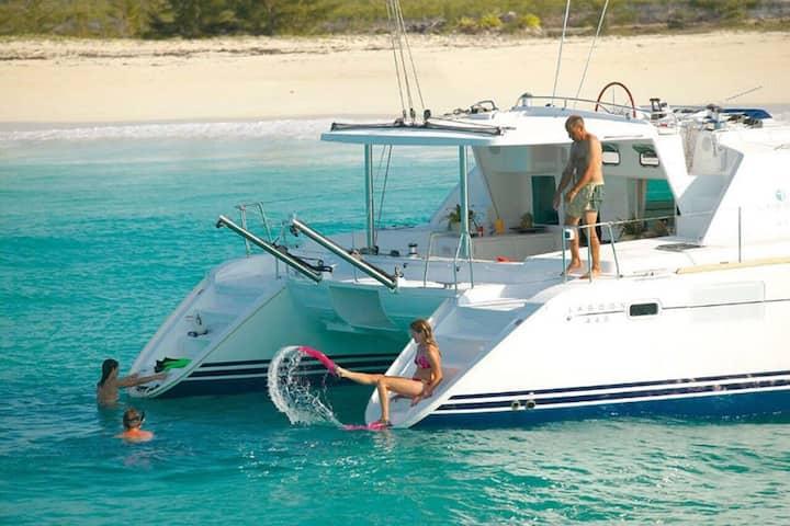 Catamaran Cruise to 3 Gili Islands