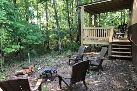 Hillside Cabin #3   Annapolis, MO  Black River