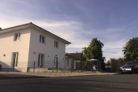 200 Squaremeter Villa Region Hannover - Seelze