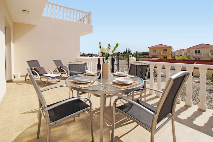 Estelle - apartmt in AyaNapa center - Ayia Napa