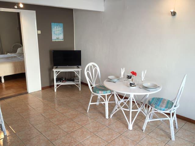 Appartement (7) P1 Mont Choisy / Trou Aux Biches - Mont Choisy  - Apartment-Hotel