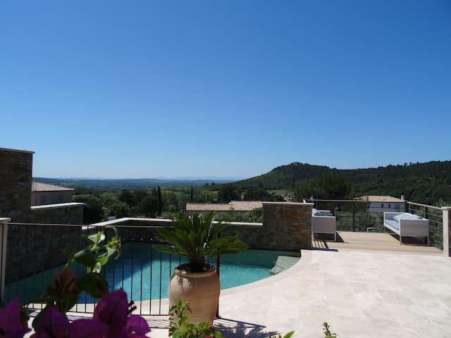 Villa neuve, très bel environnement - Saint-Hippolyte-de-Montaigu - Hus