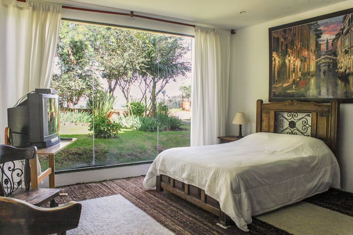 Private room with bathroom - Bogota - House