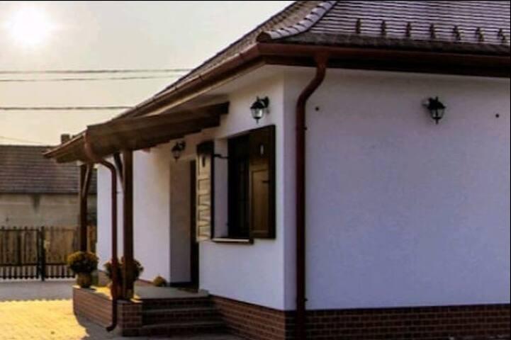 Papa Háza - Papa's House