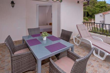 Apartments Zora Ivan Dolac 4 - Ivan Dolac