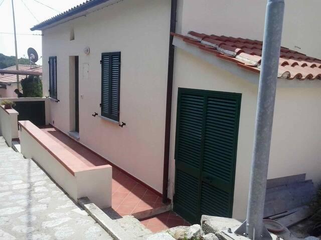 Appartamento in Via Garibaldi a Seccheto