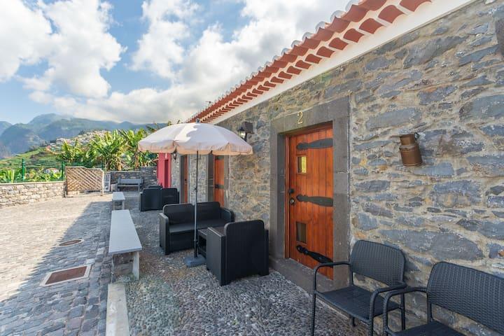 Funchal Charming Villa with Terrace II
