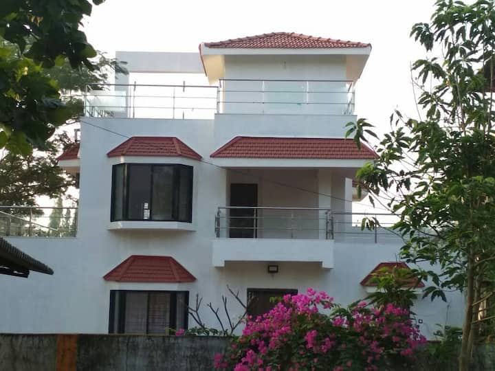 Royal Villa 2-3 bhk A/C  villa with swimming pool