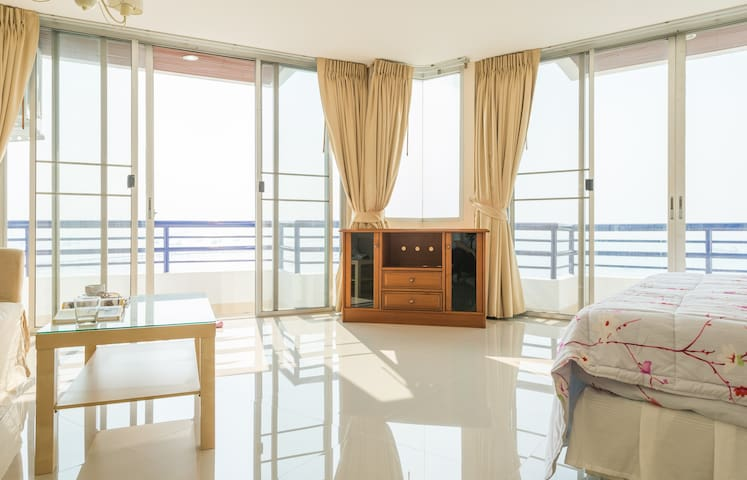 Sea View Sri Raja 3Bedroom 2bath room (Thailand) - Laem Chabang - Apto. en complejo residencial