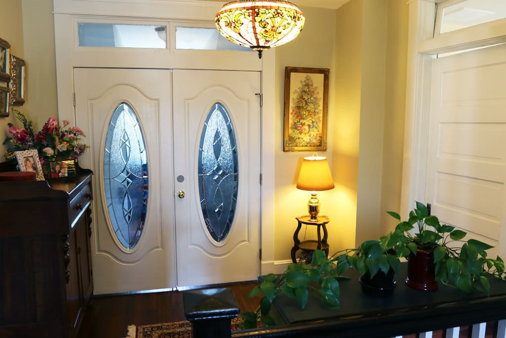 Upstairs Landing-double doors to private suite