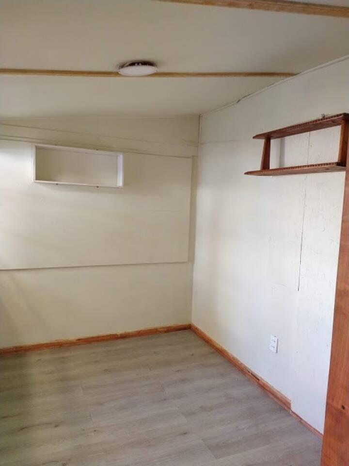 Habitación en la FLORIDA, Grato ambiente y cómodo.