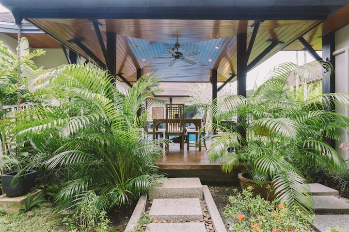 Layan Beach Villa 6 Bed with private Pool