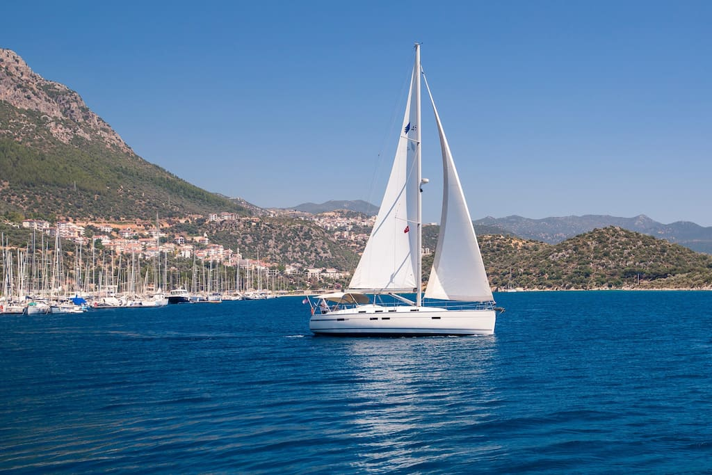 Sailing charters in Kaş
