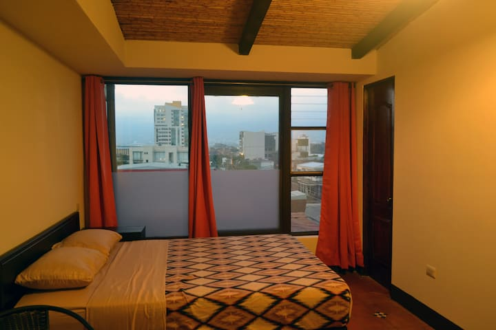 Best Location! two beds PrivateRooms