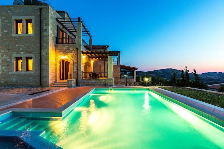 Villa Thalia,majestic landscape of South Crete! - Rethymno - วิลล่า