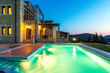Villa Thalia,majestic landscape of South Crete! - Rethymno - Willa