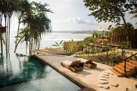 Mamole 3-Bedrooms Tree House in Sumba, Indonesia