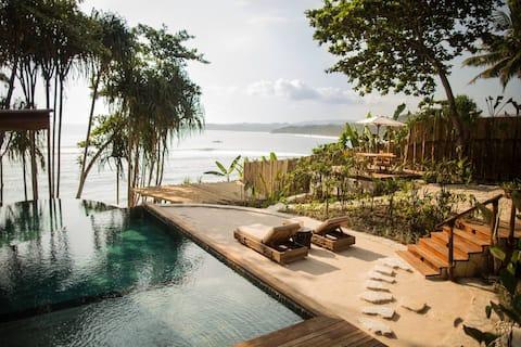 Mamole 3-Bedrooms Tree House in Sumba, Indonesia