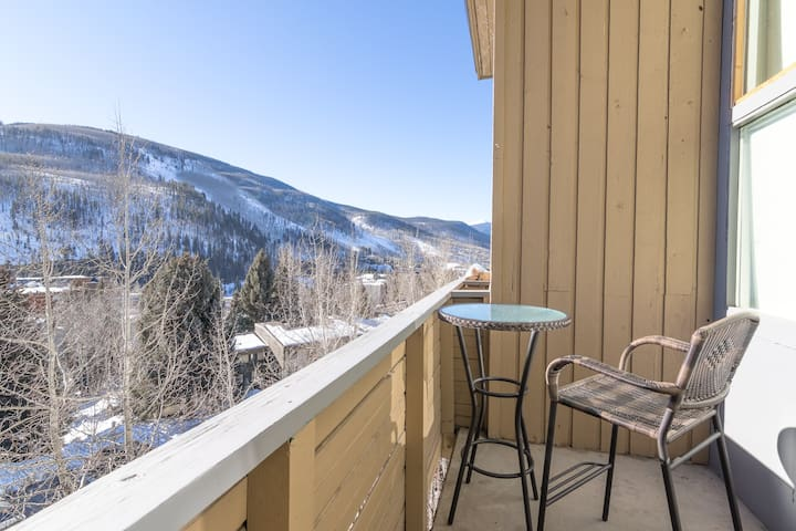 Vail Loft Near Year-Round Attractions