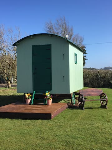 Nutkins Retreat - Isle of Wight - Cabana
