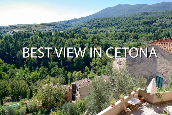 Cozy house with best view in Cetona
