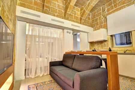Boutique Studio in Valletta (GF)