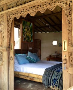 Yoga retreat in the Jungle, only 1 km to beach.  1 - North Lombok Regency - Apartment