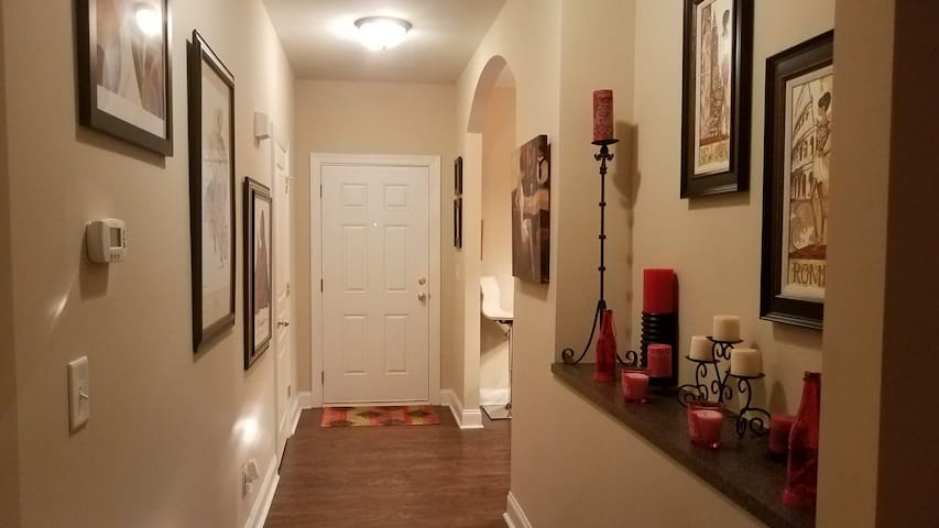 2 Bedroom Luxury Patio Home in University Area