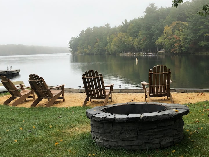 Lake front home! Hot tub, Fire pit, Private Beach