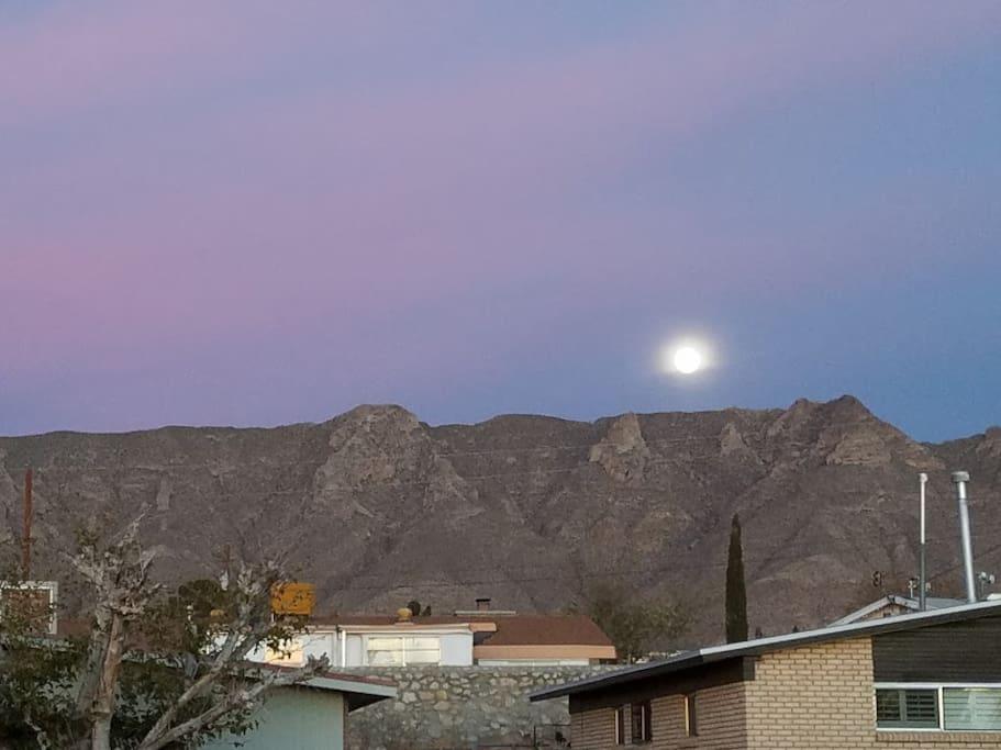 S o retreat home welcomes you casas en alquiler en - La hora en el paso texas ...